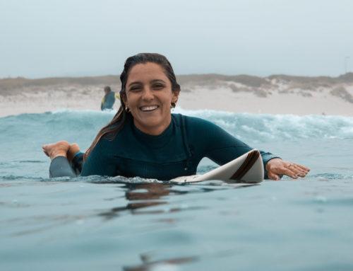 Garra, empuje e igualdad; charlamos con la surfista y jueza nacional Cristina Iglesias
