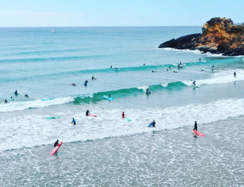Murcia, un destino ya no solo de sol y playa, sino también de surfing